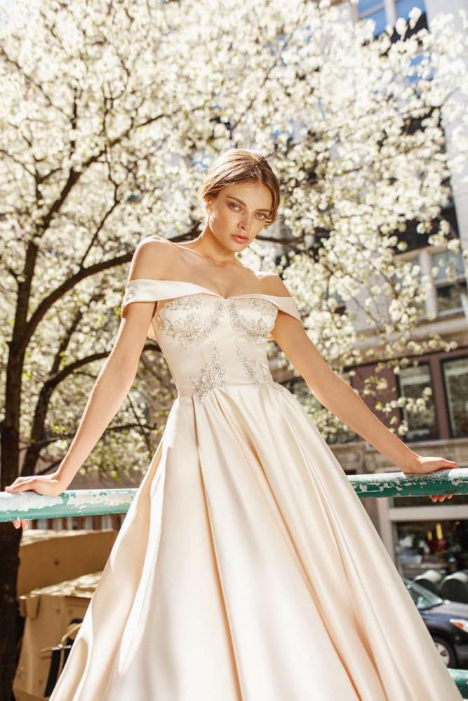 Свадебное платье Vogue