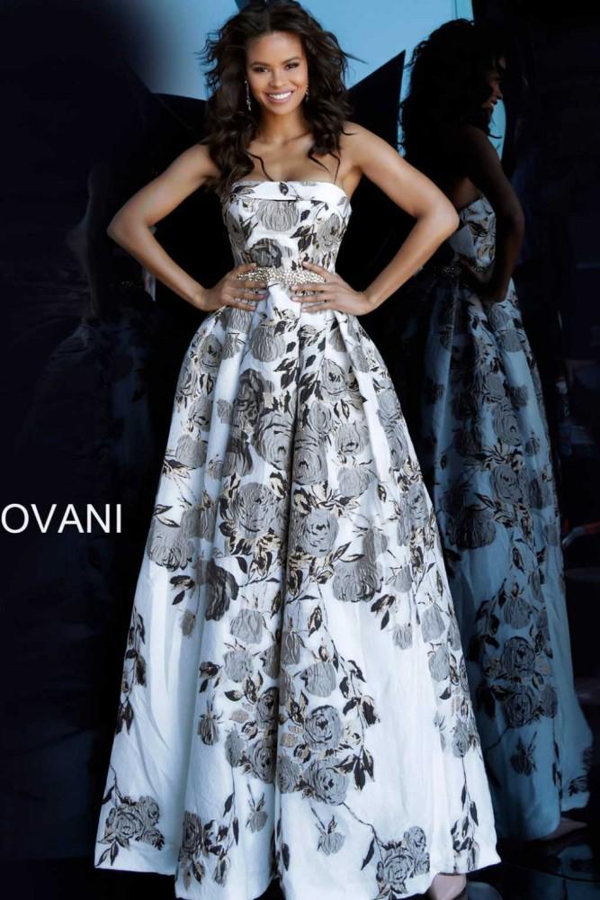 Вечернее платье 68468А