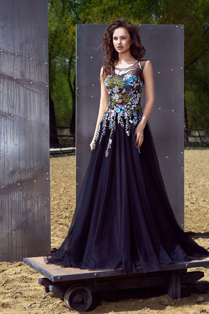 Вечернее платье Tokai